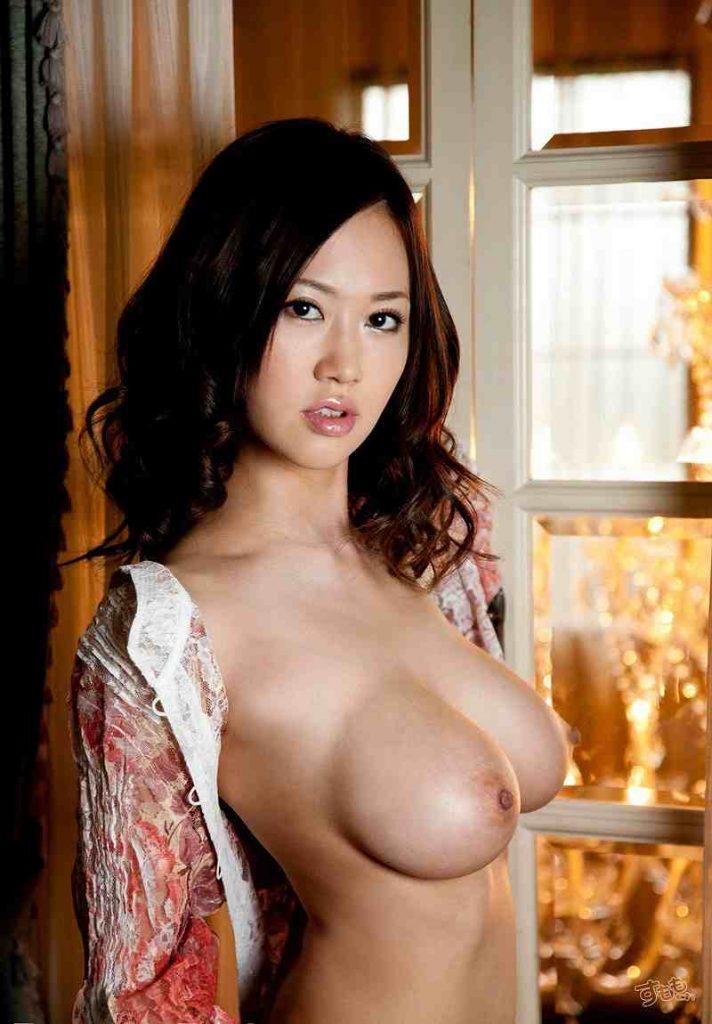 kannosayuki_ero_gazou003-712x1024 菅野さゆき(Jカップ)  色白 白肌 桃色 ピンク 乳首 乳輪 おすすめ AV女優 人気 ランキング 2020